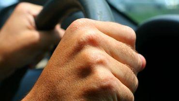 La conductrice était sous l'emprise de l'alcool (illustration).