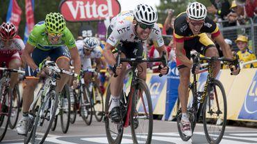 Cavendish règle Gilbert sur la ligne