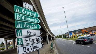Accident sur le ring intérieur: 10 km de file vers Zaventem