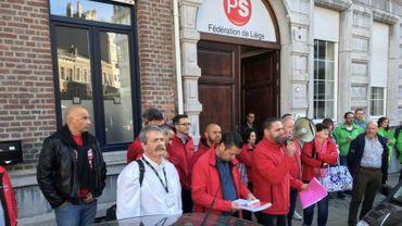 250 à 300 travailleurs de la FN et John Cockerill (ex CMI) au siège du PS à Liège