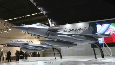 Deux modèles de Rafale Dassault présentés le 13 juin 2016 au salon Eurosatory à Villepinte (près de Paris)
