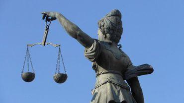 """Les professionnels de la justice se sentent """"abandonnés"""" par le monde politique"""