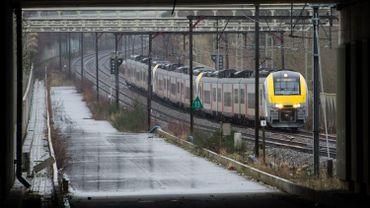 Bellot presse la SNCB et Infrabel d'agir pour améliorer la ponctualité des trains