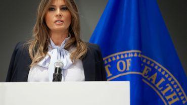 """""""Reconnaissons-le: la plupart des enfants ont davantage conscience des avantages et des pièges des réseaux sociaux que certains adultes"""", a déclaré Melania Trump à l'occasion d'un colloque sur le cyber-harcèlement dans le Maryland."""