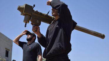 Des dizaines de morts dans des combats entre rebelles près de Damas