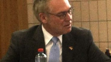 L'ambassadeur d'Allemagne en Belgique Eckart Cuntz lors de sa visite à Charleroi ce mardi