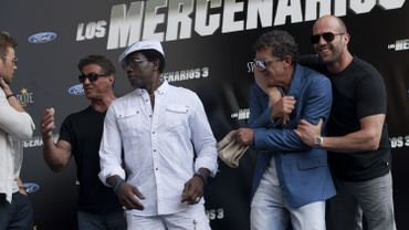 Kellan Lutz, Sylvester Stallone, Wesley Snipes, Antonio Banderas et Jason Statham lors de la tournée promotionnelle du film