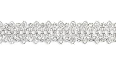 Bracelet en or blanc et or rose, sertis d'un saphir Padparadscha ovale de Ceylan de 7,07 carats, et de diamants navette et taille brillant.
