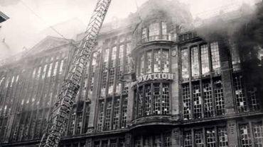 """Il y a 50 ans; l'incendie de l'Innovation""""."""