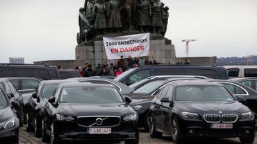 Le syndicat chrétien et le Collectif des travailleurs du taxi attendent à présent du géant américain qu'il applique cette décision.