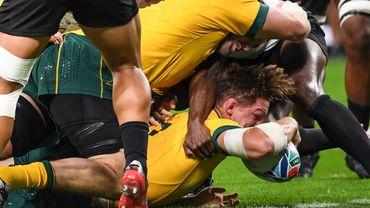 Accrochée par les Fidji, l'Australie passe en force