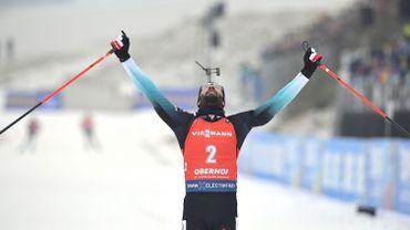 Fourcade remporte la mass start d'Oberhof et prend la tête du général