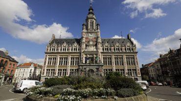 La bourgmestre de Schaerbeek a décidé de faire interdire la consommation d'alcool dans une dizaine de rues du quartier Brabant