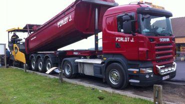L'entreprise Pirlot est spécialisée dans la réfection des routes