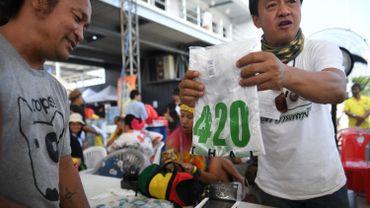 Un festival dédié à la marijuana s'est tenu ce week-end dans la province rurale du Buriram, à quelques centaines de kilomètres au nord-est de Bangkok