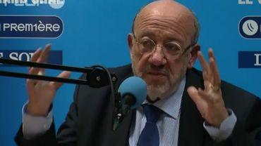 """Louis Michel au Roi: """"Ce n'est pas le moment d'abdiquer"""""""