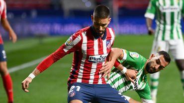 Le Diable Rouge Yannick Carrasco est à nouveau disponible après sa blessure musculaire. Il est de retour dans la sélection pour affronter Barcelone ce samedi, tout comme Diego Costa.L'Atlético, troisième de la Liga, défie le FC Barcelone, huitième, samedi à 21h.
