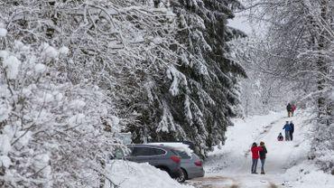Attention aux conditions glissantes sur les routes jusqu'à lundi midi