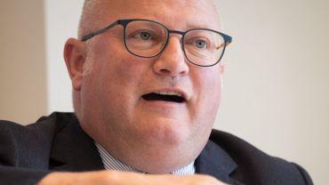 Jean-Luc Crucke promet une proposition sur les certificats verts avant la trêve estivale