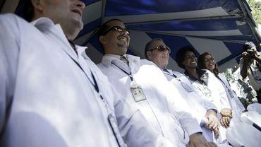 Des médecins cubains à Haïti, le 11 septembre 2015, à Port-au-Prince