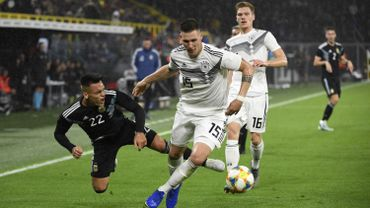 L'Allemagne et l'Argentine partagent en match amical à Dortmund