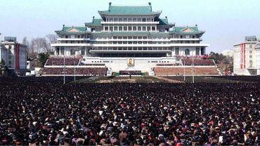 Corée du Nord: hommage au défunt Kim Jong-Il