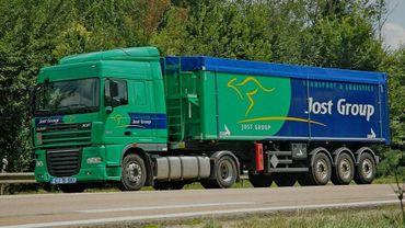 L'un des camions de Skiptrans, la filiale roumaine du groupe Jost