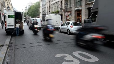 Après Velib et AutoLib, Paris opte pour Cityscoot, un scoot électrique