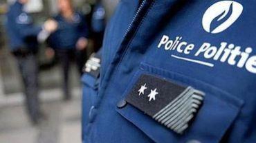 Liège: un homme blesse quatre personnes, à bord d'une voiture volée