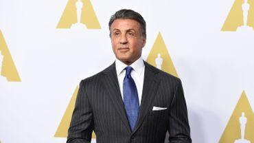 Si Sylvester Stallone ne passera pas derrière la caméra, il sera en revanche bien présent au casting.