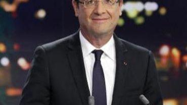 Syrie: Hollande n'exclut pas une intervention armée sous mandat de l'Onu