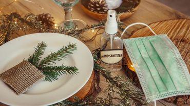 Coronavirus en France: six adultes à table, sans compter les enfants, pour les fêtes de fin d'année
