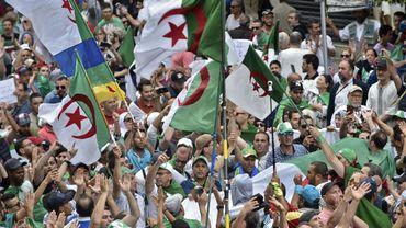 Crise en Algérie: confusion autour de la tenue de la présidentielle, qui pourrait ne pas avoir de candidats