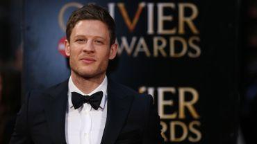 """L'acteur britannique récemment aperçu dans la série """"Guerre et Paix"""" est le nouveau favori des bookmakers pour interpréter 007."""