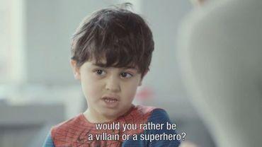 Des enfants forcés de s'excuser pour le terrorisme, la vidéo qui choque