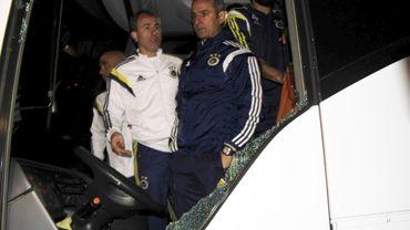 Le bus de Fenerbahce attaqué