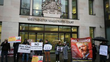 L'examen de la demande d'extradition d'Assange suspendue à cause du coronavirus