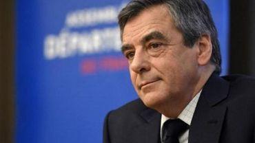 Présidentielle française - France: Fillon se défend après de nouvelles révélations