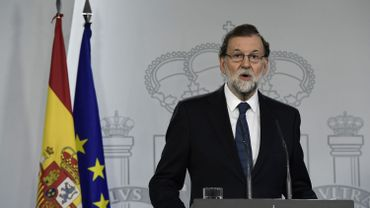 """""""L'Etat de droit s'est imposé"""" pour un Mariano Rajoy vivement critiqué: """"il n'y a pas eu de référendum en Catalogne"""""""