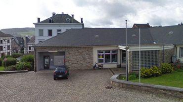 Le bureau de poste de Stavelot (comme celui des autres communes concernées) restera ouvert mais pour le service au guichet uniquement. Les facteurs n'y seront plus présents.