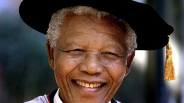 """La suite de l'autobiographie de Mandela, """"Pas de temps à perdre"""", publiée jeudi"""