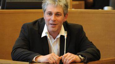Paul Furlan ajoute les infrastructures sportives aux pouvoirs locaux