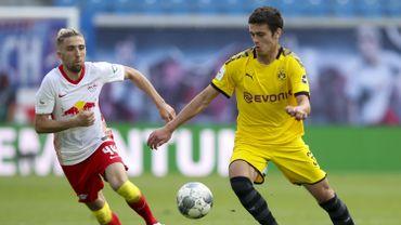Première titularisation et première passe décisive pour Giovanni Reyna en Bundesliga avec Dortmund.