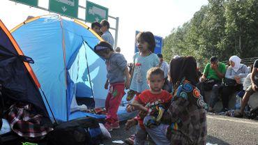 Serbie: des centaines de réfugiés bloqués à la frontière avec la Hongrie