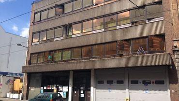 Un squat installé dans un immeuble de la rue Gallait à Schaerbeek.