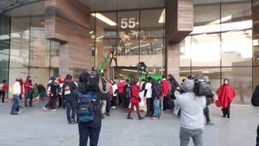 Gilets jaunes et activistes du climat s'unissent pour dénoncer inégalités sociales et inaction climatique