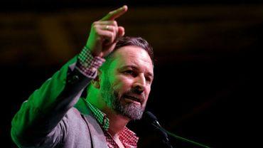 Le leader du parti d'extrême droite Vox, Santiago abascal, prononce un discours durant un meeting de campagne, à L'Hospitalet del Llobregat, près de Barcelone, le 31 octobre 2019