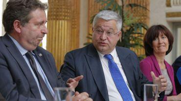 Rudi Vervoort prendra la ministre-présidence du gouvernement bruxellois, Laurette Onkelinx se gardant pour le fédéral