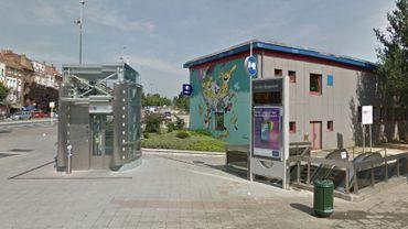 Les métros circulent ce vendredi matin mais ne s'arrêtent pas à la station Houba-Brugmann.