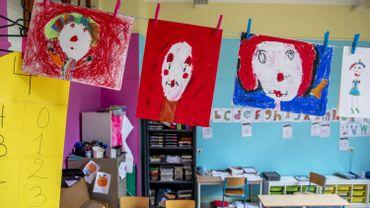 Coronavirus: la polémique monte en Flandre autour des garderies dans les écoles